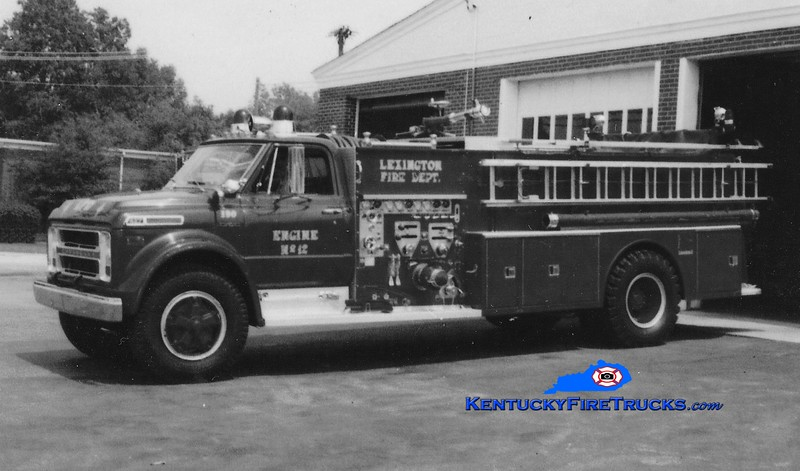 <center> RETIRED <br> Lexington, KY  Engine 12 <br> x-Fayette County FD, KY <br> 1973 Chevy/Ward LaFrance 1000/1000 <br> Greg Stapleton collection </center>