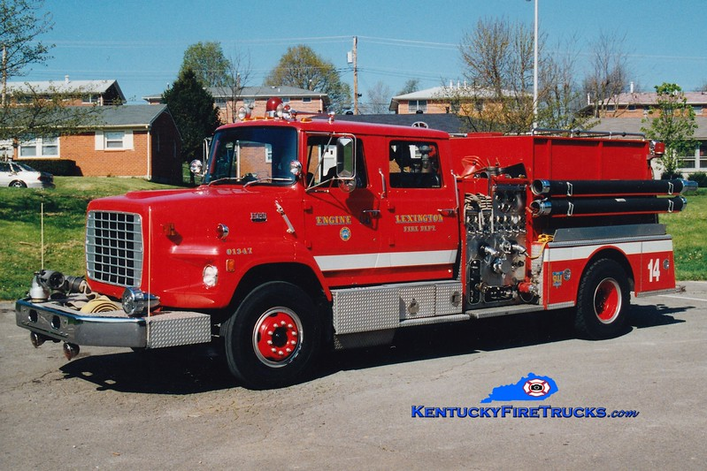 <center> RETIRED <br> Lexington, KY  Engine 14 <br> 1983 Ford LS/American LaFrance 1250/1000 <br> Greg Stapleton photo </center>
