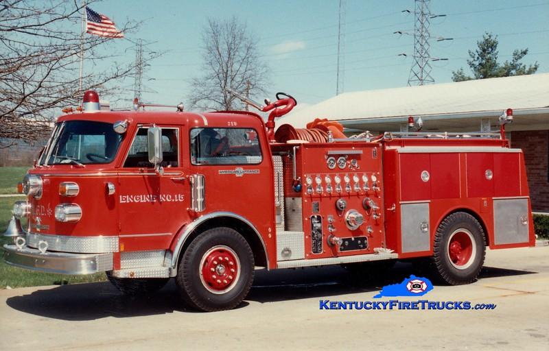 <center> RETIRED <br> Lexington  Engine 15 <br> 1979 American LaFrance Century 1250/500 <br> Greg Stapleton photo </center>