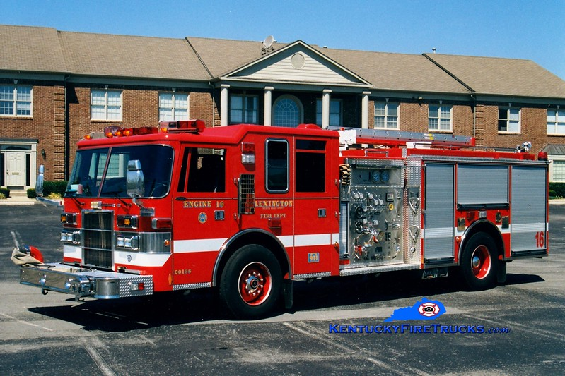 <center> *Reserve Engine 36 <br> Lexington, KY  Engine 16 <br> 1998 Pierce Dash 1250/1000 <br> Greg Stapleton photo </center>