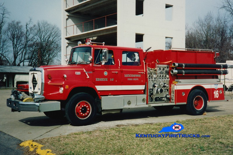 <center> RETIRED <br> Lexington, KY  Engine 16 <br> 1983 Ford LS/American LaFrance 1250/1000 <br> Greg Stapleton photo </center>
