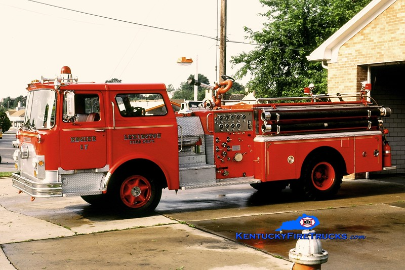 <center> RETIRED <br> Lexington  Engine 17 <br> x-Engine 1 and 9 <br> 1970 Mack CF 1000/300 <br> Greg Stapleton collection  </center>