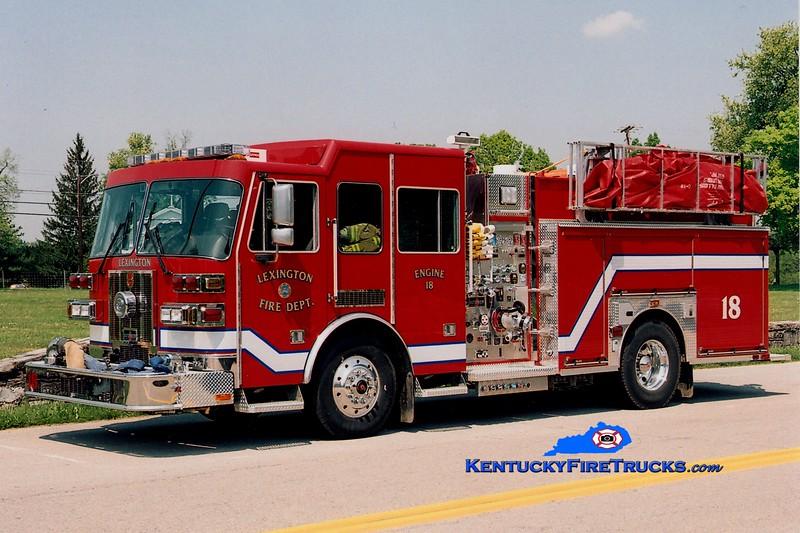 <center> Lexington  Engine 18 <br> 2005 Sutphen 1500/1000/50 <br> Greg Stapleton photo </center>