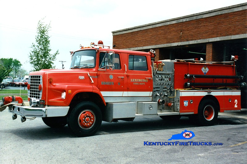<center> RETIRED <br> Lexington  Engine 2 <br> 1983 Ford LS9000/Pirsch 1250/1000 <br> Greg Stapleton photo </center>