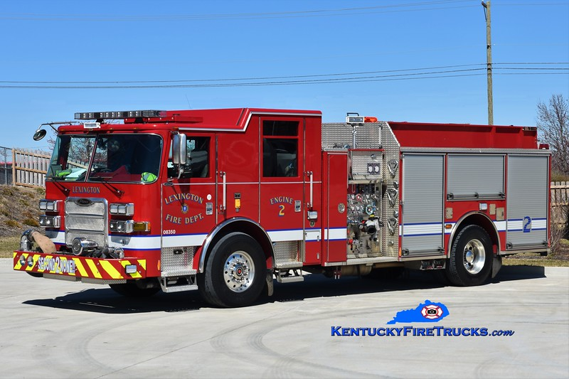 Lexington Engine 2 <br /> 2011 Pierce Arrow XT 1500/1000/25 <br /> Greg Stapleton photo