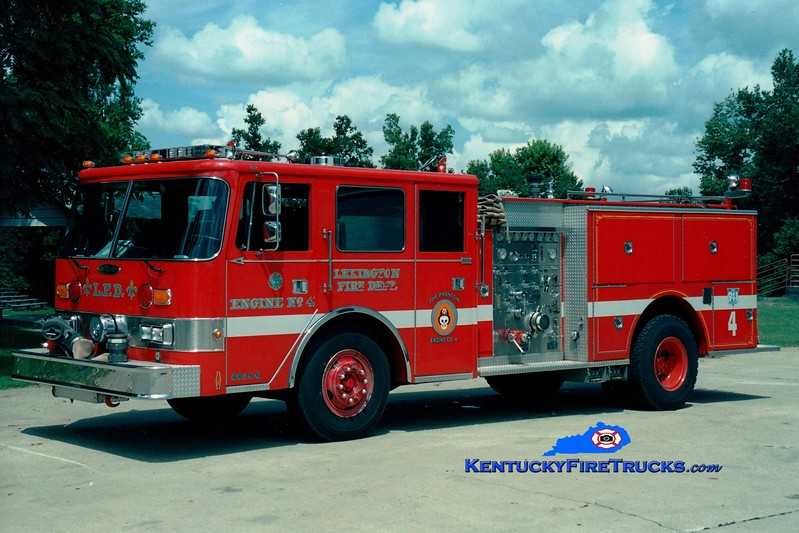 <center> *Reserve Engine 37 <br> Lexington  Engine 4 <br> 1986 Pierce Arrow 1250/500 <br> Greg Stapleton photo </center>