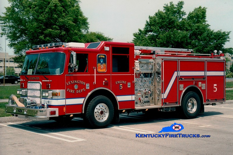 <center> Lexington  Engine 5 <br> 2004 Pierce Enforcer 1500/700/20/30 <br> Greg Stapleton photo </center>