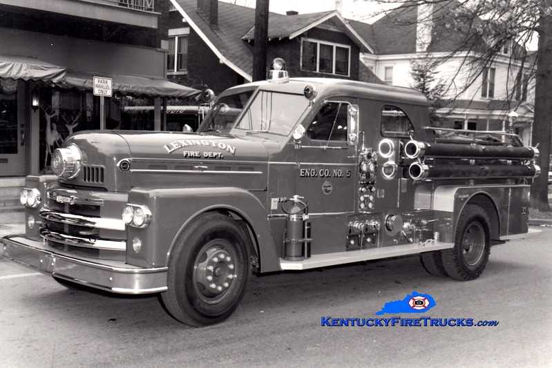 <center> RETIRED <BR> Lexington  Engine 5 <br> 1963 Seagrave 1000/200 <br> Greg Stapleton collection </center>