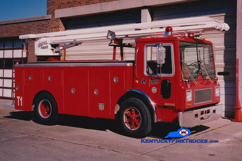 <center> RETIRED <br> Lexington  Water Tower 1 <br> *At Engine 6  (Also served at Engine 1) <br> 1979 Mack MC/LFD 54' Squrt  <br> Greg Stapleton photo </center>
