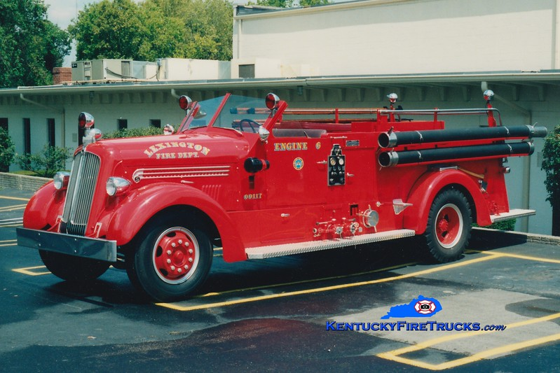 <center> *Parade and Funeral rig <br> Lexington  Engine 6 <br> 1948 Seagrave 1000/150 <br> Greg Stapleton photo </center>