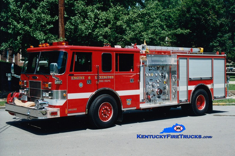 <center> Reserve Engine 34 <br> Lexington  Engine 6 <br> 1994 Pierce Saber 1250/500 <br> Greg Stapleton photo </center>