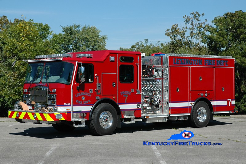 Lexington  Engine 7<br /> 2016 E-One Typhoon 1500/980/20/30<br /> Greg Stapleton photo