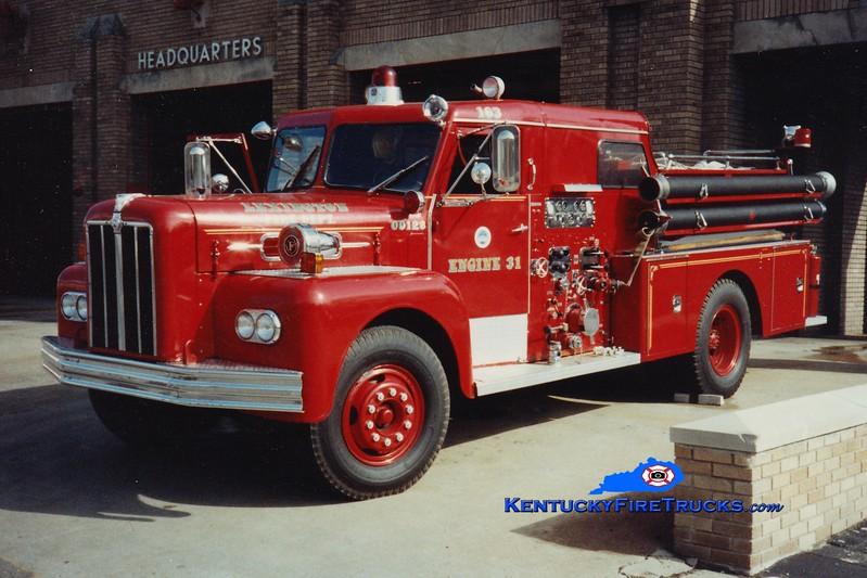 <center> RETIRED <br> Lexington, KY  Engine 8 <br> *As Reserve Engine 31 <br> 1965 Maxim 1000/200  <br> Greg Stapleton photo </center>