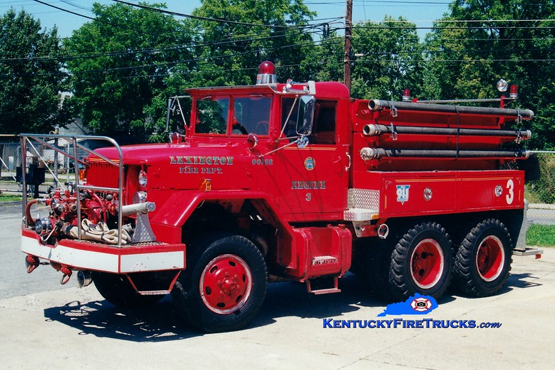 <center> RETIRED <br> Lexington  Engine 3 <br> 1966 Kaiser/1983 LFD 750/1100 <br> Greg Stapleton photo </center>