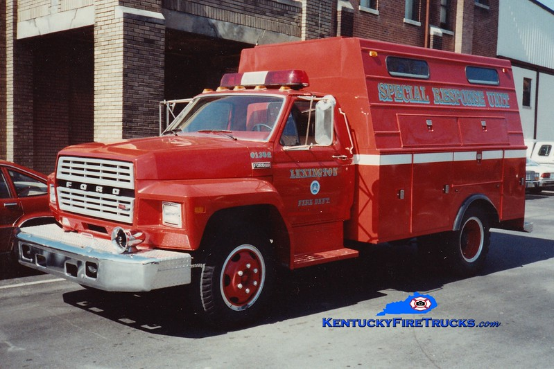 <center> RETIRED <br> Lexington  Hazmat 1 <br> 1983 Ford F/1988 Stahl/LFD <br> Greg Stapleton photo </center>