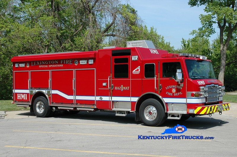 <center> Lexington  Hazmat 1 <br> 1999 Pierce Velocity <br> Greg Stapleton photo </center>