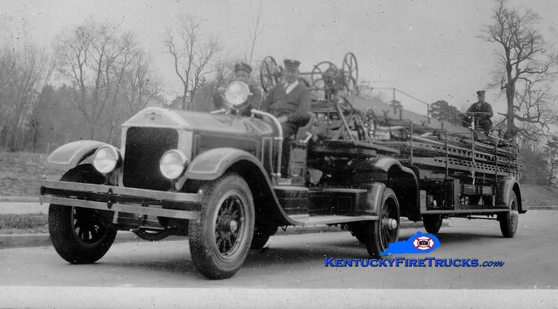 <center> RETIRED <br> Lexington  Hook & Ladder 1 <br> 1929 American LaFrance Type 117 75'  <br> Greg Stapleton collection </center>