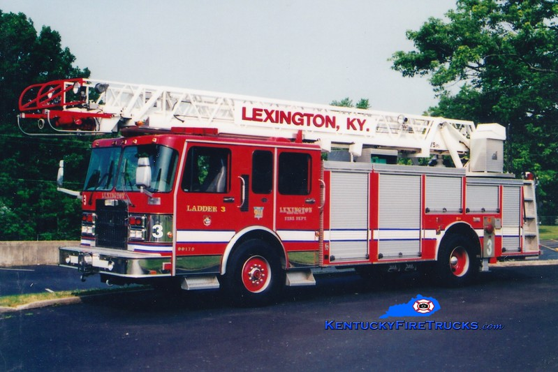 <center> RETIRED <br> Lexington  Ladder 3 <br> x-Aerial 6 <br> 1996 Spartan Gladiator/Smeal 75'  <br> Greg Stapleton photo </center>