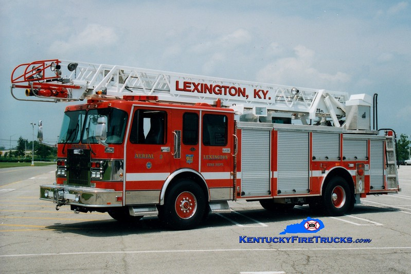 <center> RETIRED <br> Lexington  Ladder 3 <br> 1996 Spartan Gladiator/Smeal 75'  <br> Greg Stapleton photo </center>