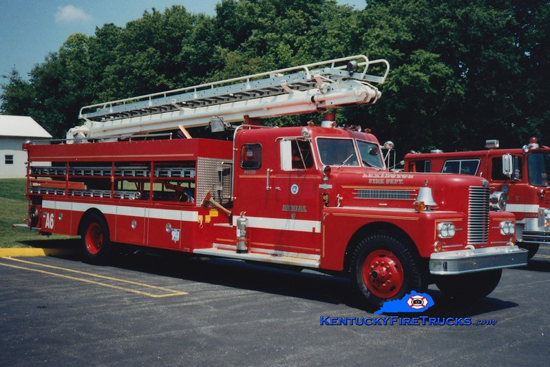 <center> RETIRED <br> Lexington  Aerial 6 <br> 1968 Pirsch/1982 LFD 50' TeleSqurt  <br> Greg Stapleton collection </center>