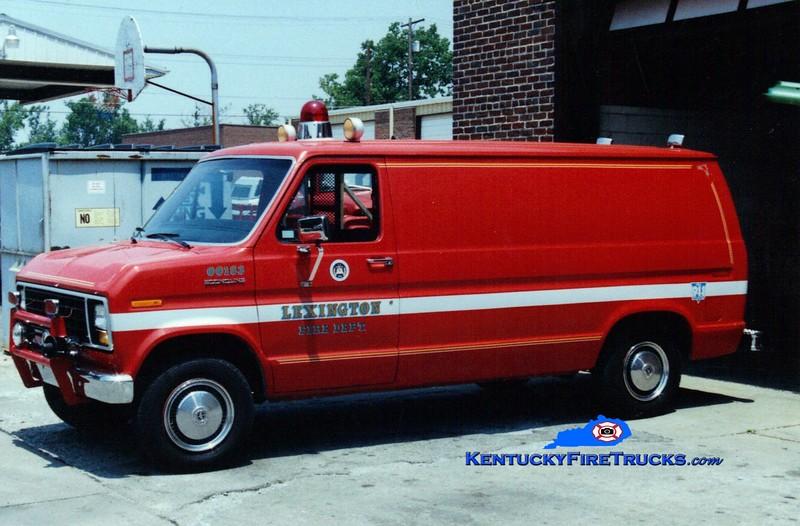 <center> RETIRED <br> Lexington  Unit 739 <br> 1983 Ford <br> Greg Stapleton photo </center>