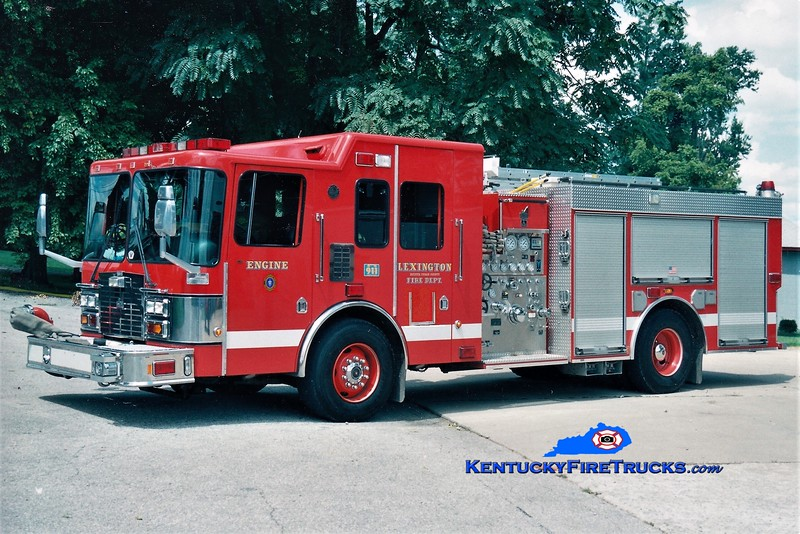Lexington Reserve Engine 34<br /> x-Engine 10 <br /> 2000 HME/Smeal 1250/1000<br /> Greg Stapleton photo