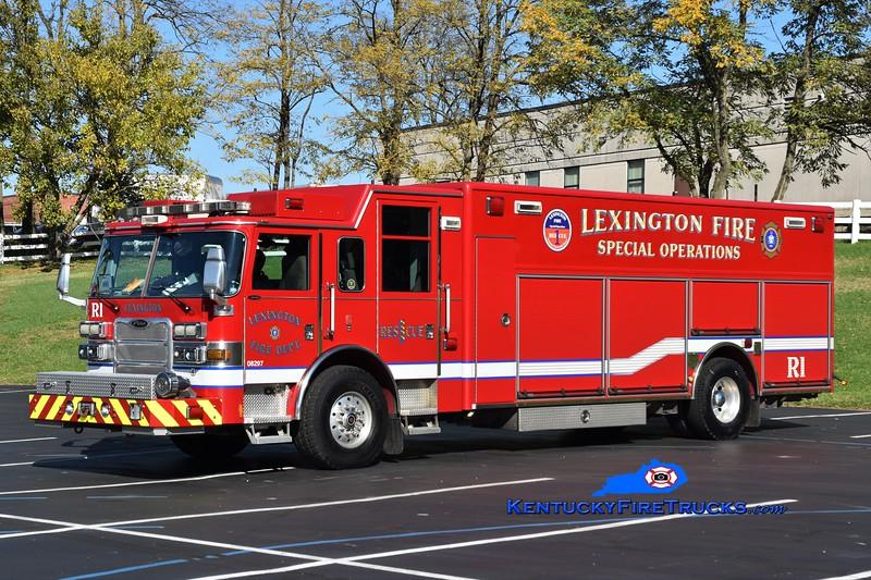Lexington Reserve Rescue <br /> x-Rescue 1<br /> 2009 Pierce Arrow XT<br /> Greg Stapleton photo