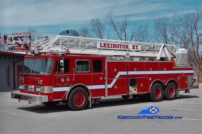 RETIRED<br /> Lexington Reserve Ladder 17<br /> x-Ladder 2 <br /> 1990 Pierce Arrow 105' <br /> Greg Stapleton photo