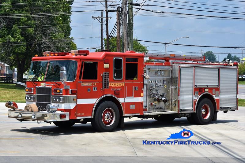 Lexington Reserve Engine 33<br /> x-Engine 1<br /> 1998 Pierce Dash 1250/1000<br /> Greg Stapleton photo