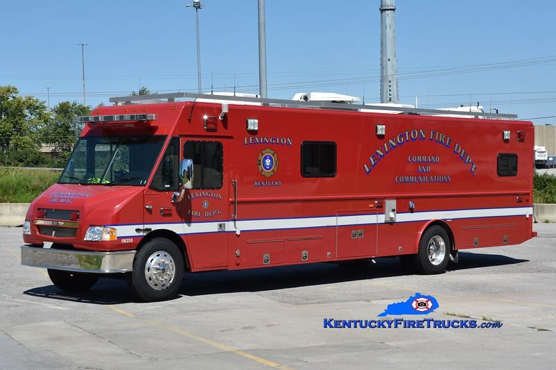 Lexington Command Post <br /> 2006 Freightliner/LDV<br /> Greg Stapleton photo