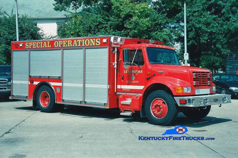 Lexington Dive Rescue Support Unit<br /> x-Hazmat 1<br /> 2000 International 4700/Pierce<br /> Greg Stapleton photo