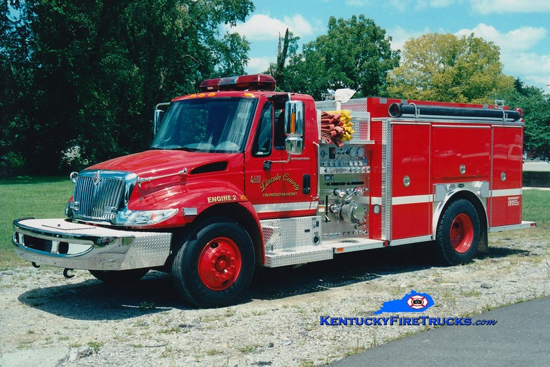 <center> Lincoln County Engine 2  <br> 2002 International 4400/E-One 1250/1000 <br> Greg Stapleton photo <br> </center>