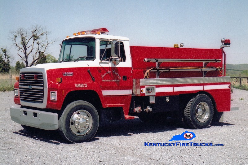 <center> Lincoln County Tanker 22  <br> 1994 Ford L/2006 Wynn 250/1900 <br> Greg Stapleton photo <br> </center>