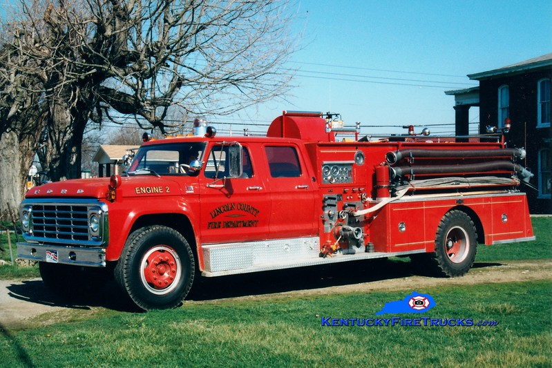 <center> RETIRED <br> Lincoln County Engine 2  <br> x-Boyle County, KY <br> 1978 Ford F/Pirsch 750/1000 <br> Greg Stapleton photo <br> </center>