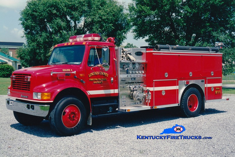 <center> Lincoln County Engine 4  <br> 1999 International 4900/E-One 1250/1000 <br> Greg Stapleton photo <br> </center>