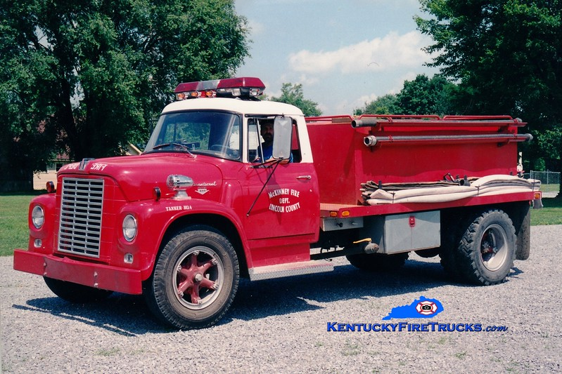 <center> RETIRED <br> Lincoln County Tanker 44  <br> 1968 International Loadstar/Local 250/1250 <br> Greg Stapleton photo <br> </center>
