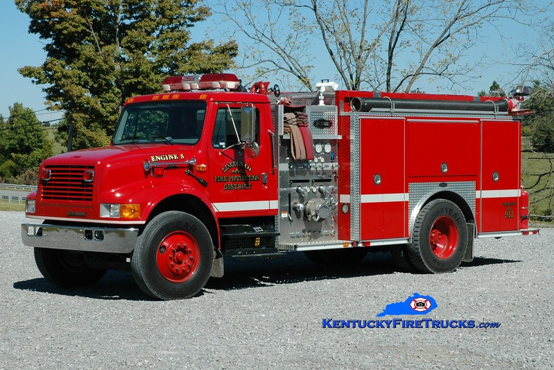 <center> Lincoln County Engine 8  <br> 2001 International 4900/E-One 1250/1000 <br> Greg Stapleton photo </center>