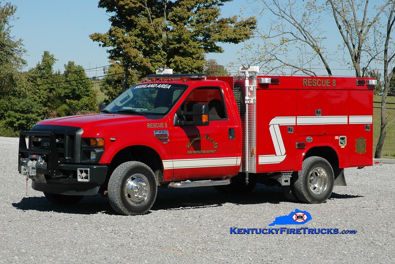 <center> Lincoln County Rescue 8  <br> 2010 Ford F-350 4x4/Wynn <br> Greg Stapleton photo </center>