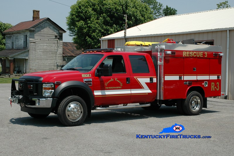 <center> Lincoln County  Rescue 3  <br> 2010 Ford F-550 4x4/Wynn 100/250 <br> Greg Stapleton photo </center>