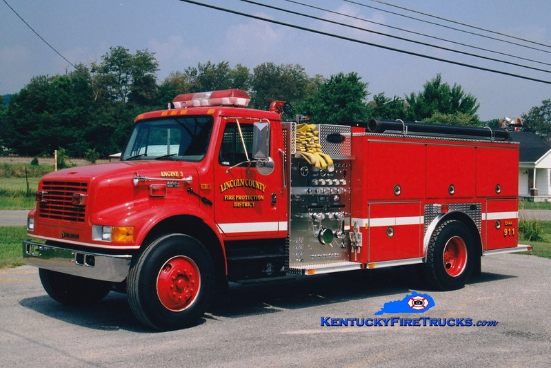 <center> Lincoln County Engine 3  <br> 1999 International 4900/E-One 1250/1000 <br> Greg Stapleton photo <br> </center>