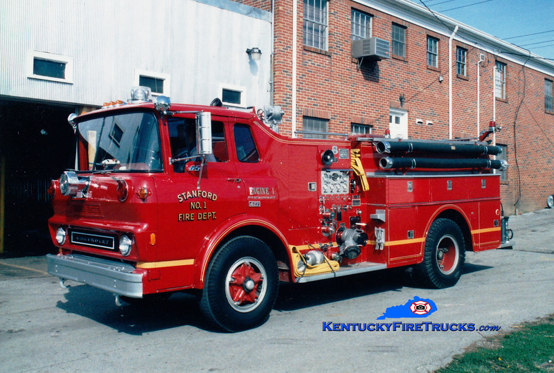 <center> RETIRED <br> Stanford  Engine 1 <br> 1974 Chevy/Howe 750/500 <br> Greg Stapleton photo </center>