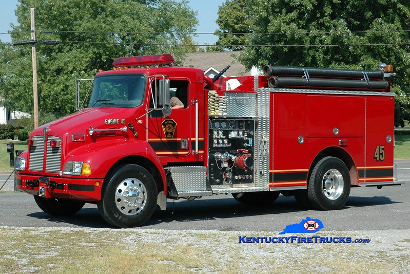 <center> Burna  Engine 45 <br> 2001 Kenworth T-300/Pierce 1250/1000 <br> Greg Stapleton photo </center>