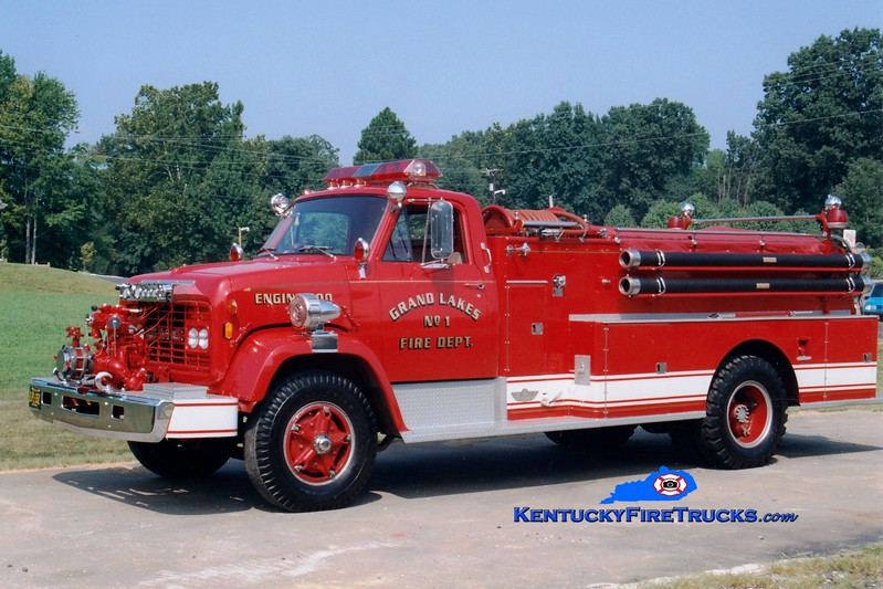 <center> Grand Lakes  Engine 900 <br> 1968 GMC/American 750/750 <br> Greg Stapleton photo </center>