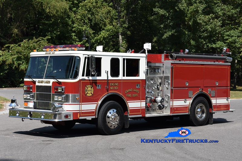 Grand Lakes Engine 901<br /> 1996 Pierce Saber 1250/1000/20<br /> Greg Stapleton photo