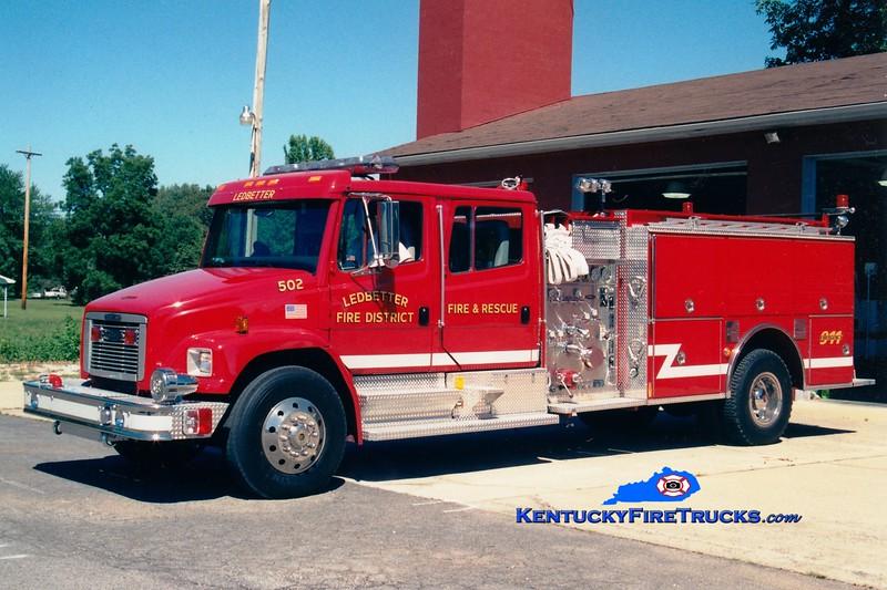 <center> Ledbetter  Engine 502 <br> *Old paint* <br> 1996 Freightliner FL80/Pierce 1250/1000 <br> Greg Stapleton photo </center>