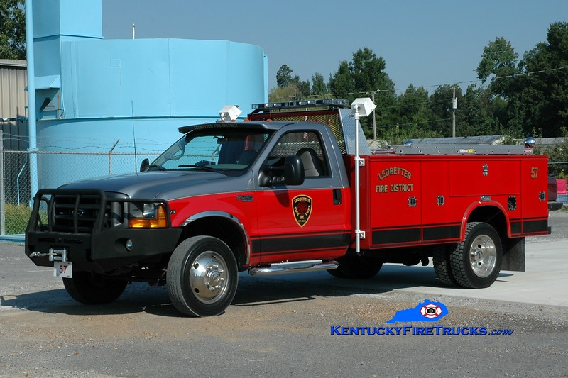 <center> Ledbetter  Rescue 57 <br> 2011 Ford F-450 4x4/Knapheide  <br> Greg Stapleton photo </center>