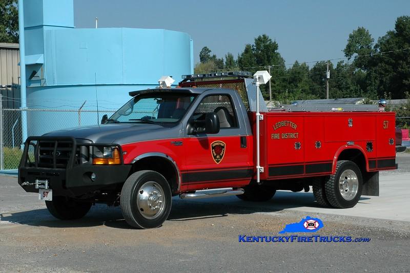 <center> Ledbetter  Rescue 57 <br> 2011 Ford F-450 4x4/Knapheide  <br> Greg Stapleton photo </center>