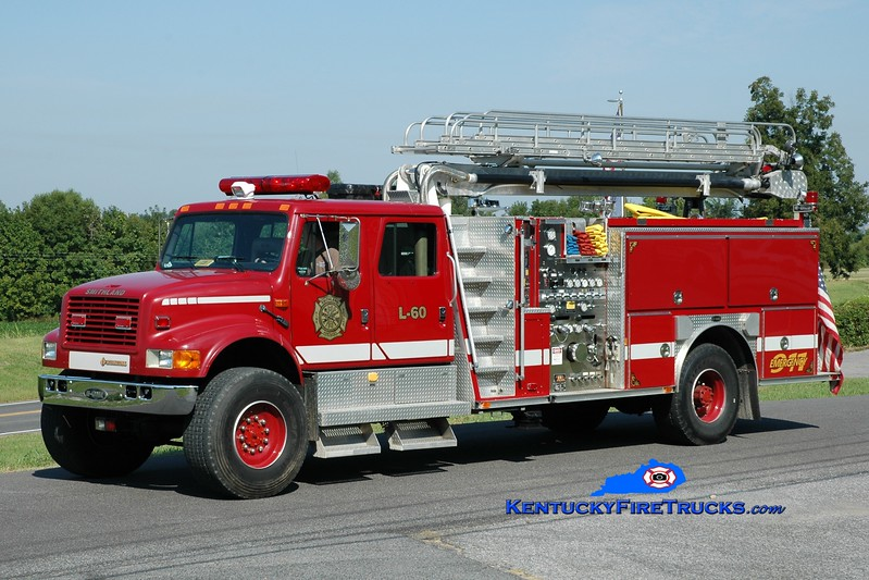 <center> Smithland  Ladder 60 <br> x-Hatteras, NC <br> 1993 International 4900 4x4/E-One 1250/500/50' TeleBoom <br> Greg Stapleton photo </center>
