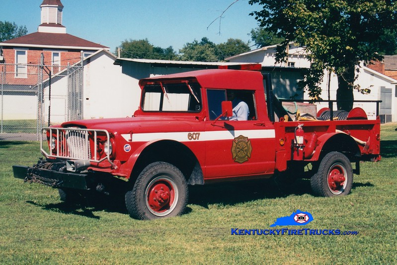 <center> RETIRED <br> Smithland  Brush 607 <br> 1968 Kaiser 4x4/SFD 150/150 <br> Greg Stapleton photo </center>