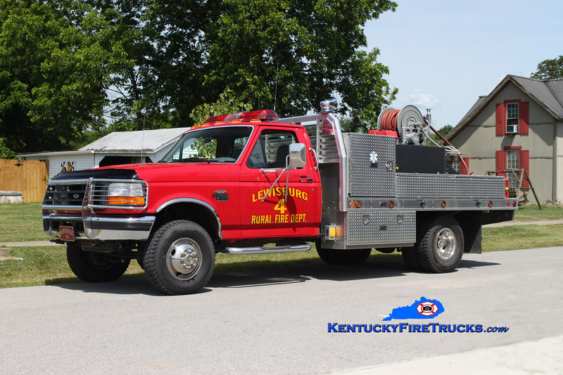 <center> Lewisburg Rural  Brush 44 <br> 1997 Ford F-350 4x4/Pro-Tech/UPF/WSF 250/250  <br> Kent Parrish photo <br> </center>